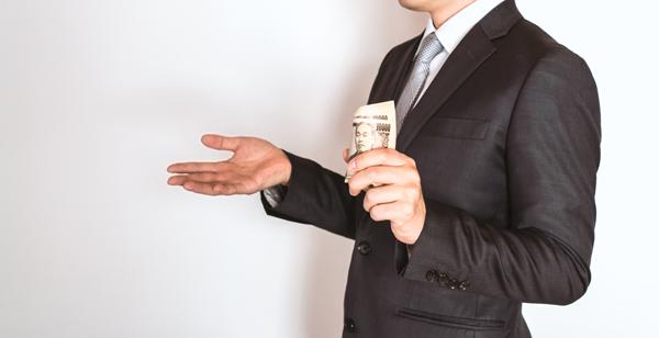 法律の改定で対応に追われる業者